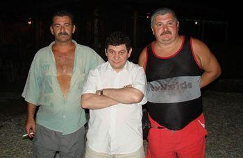 Посланцы КП С.Карагозян, Ю.Савин, С.Савин. Эшеры, 09.2007г.