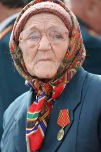 Жительнице Приозерского района не нужны концерты Бьянки. Хлеба нет!