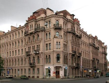 Дом Мурузи, откуда диссиденты и власти хотят выселить Нину Федорову