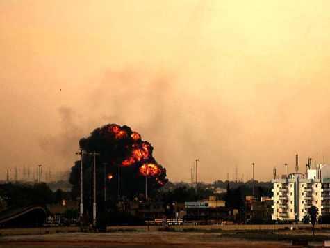 Под бомбами НАТО Ливия выгорает дотла
