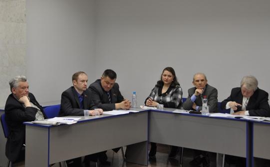 Идет консультативное совещание коммунистов страны