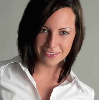 Товарищ Ивонна Плец - гордость немецкого рабочего класса