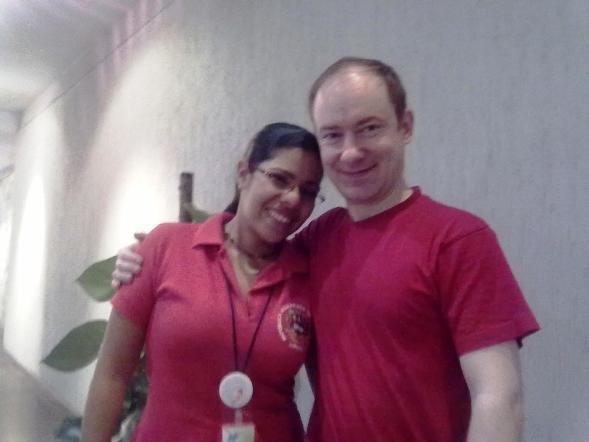 Красный цвет в Венесуэле- отличительный признак сторонников Уго Чавеса