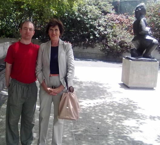 С депутатом парламента ЮАР от партии Манделы товарищем Сюзан Ван дер Верве