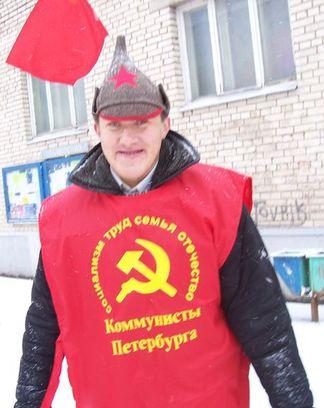 Депутат Виктор Перов